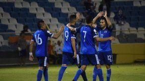 El Salvador golea 3-0 a Santa Lucía en la Liga de Naciones