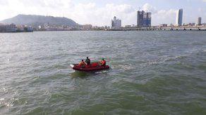 Sinaproc realiza búsqueda de una persona que cayó al mar en la Cinta Costera 3