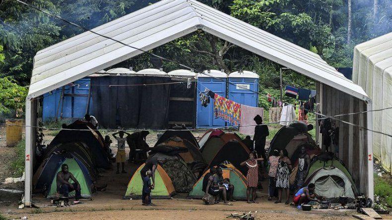 Baja la cifra de migrantes irregulares enfermos de COVID-19 varados en Panamá