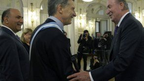 Juan Carlos I de España asiste a los actos por el bicentenario de Argentina