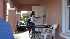 Piden a hoteles no alojar a indocumentados arrestados en redadas en EEUU