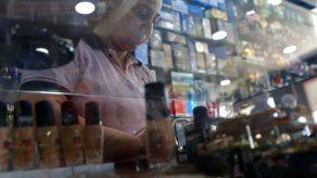 Farmacia y Drogas abre consulta para registro e inscripciónde productos cosméticos.
