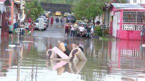 MOP y Sinaproc realizan inspección en Plaza Valencia por inundaciones