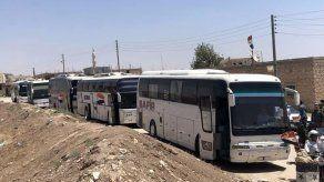 Evacúan dos aldeas proDamasco en el noroeste de Siria