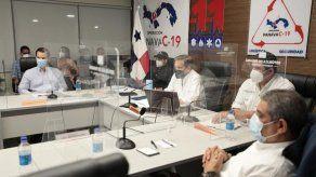 Ejecutivo presenta a empresarios estrategia de llegada y distribución de vacuna contra COVID-19