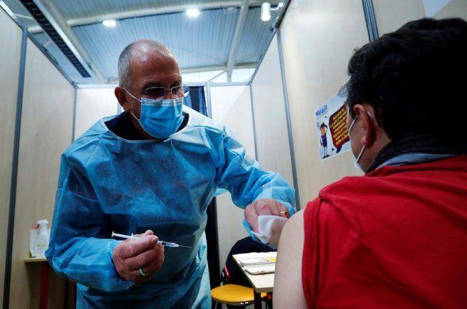 El jefe del servicio deEnfermedades Infecciosas del hospital Henri Mondor de Créteil