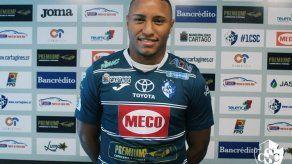 Yairo Yau debutó con Cartaginés en Costa Rica