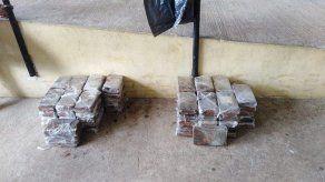 22 personas fueron detenidas y 241 paquetes de droga decomisados en 6 días
