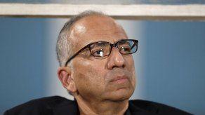Cordeiro es elegido presidente de federación de fútbol EEUU