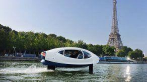 Los barco-taxis voladores del río Sena serán puestos de nuevo a prueba