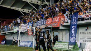 FEPAFUT presentó protocolo al MINSA para regreso del público a los estadios