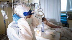 La pandemia está en un punto crítico, consideró la Organización Mundial de la Salud.