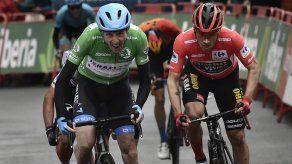 Martin gana 3ra etapa de la Vuelta y se acerca a Roglic