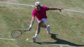 Federer cae ante Haas en su retorno a las canchas