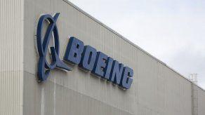 Boeing anuncia USD 100 millones para familias de víctimas de accidentes del 737 MAX