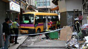 Cuatro muertos en un accidente de autobús en Hong Kong