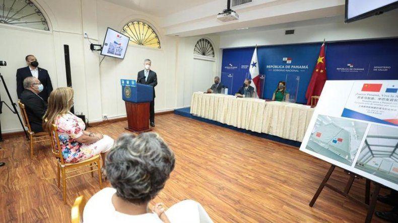 China dona a Panamá 4 hospitales campaña y 60 camas plegables