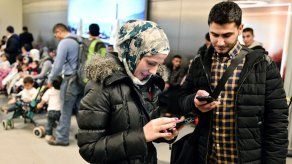 Familias sirias vuelan a EEUU tras suspensión de decreto antiinmigración