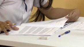 Ortega: Vacunación a menores de 18 años da posibilidad de reabrir escuelas