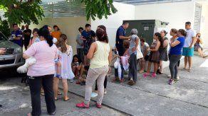 Residentes de dos sectores en la capital reportaron esta tarde fugas de gas