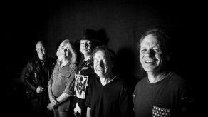 AC/DC inicia su gira europea en Lisboa con la voz de Axl Rose
