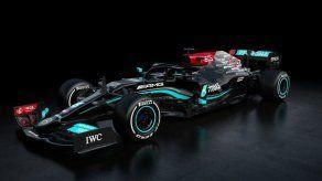 Mercedes presenta modelo con el que Hamilton irá por récord