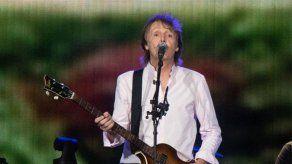 Paul McCartney echa de menos su rivalidad con John Lennon
