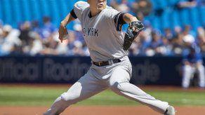 Tanaka y Chapman limitan a los Azulejos y los Yankees ganan