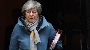 Theresa May se reunirá con Putin en la cumbre de Osaka