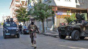 Turquía detiene a 77 personas en operación antiyihadista antes de Nochevieja