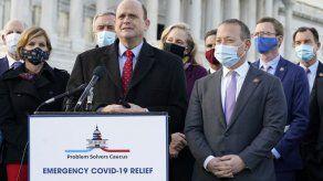 EEUU: Cámara baja aprueba paquete de ayuda por pandemia