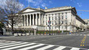 Fachada del Departamento del Tesoro, que administra el programa de sanciones conocido como Lista Clinton.