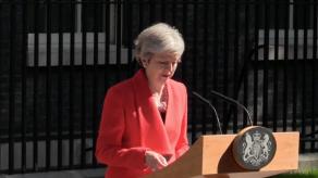 El silencio rodea al adiós definitivo de Theresa May el día de su dimisión