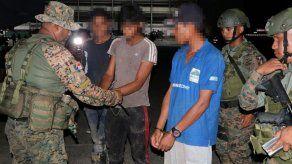 Cinco colombianos detenidos en Panamá por tráfico de migrantes