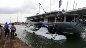 El gigantesco catamarán verde que lucha contra la contaminación plástica