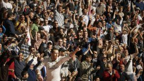 Bale anota doblete y el Madrid sigue líder