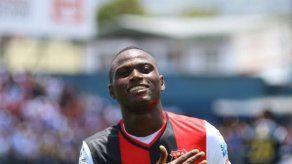 Abdiel Arroyo marca un gol en triunfo del Alajuelense