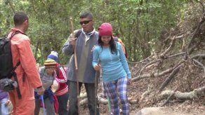 Grupo de invidentes inician recorrido para llegar a la cima del Volcán Barú