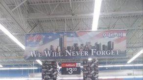 Wal-Mart retira exhibición que recreaba el WTC