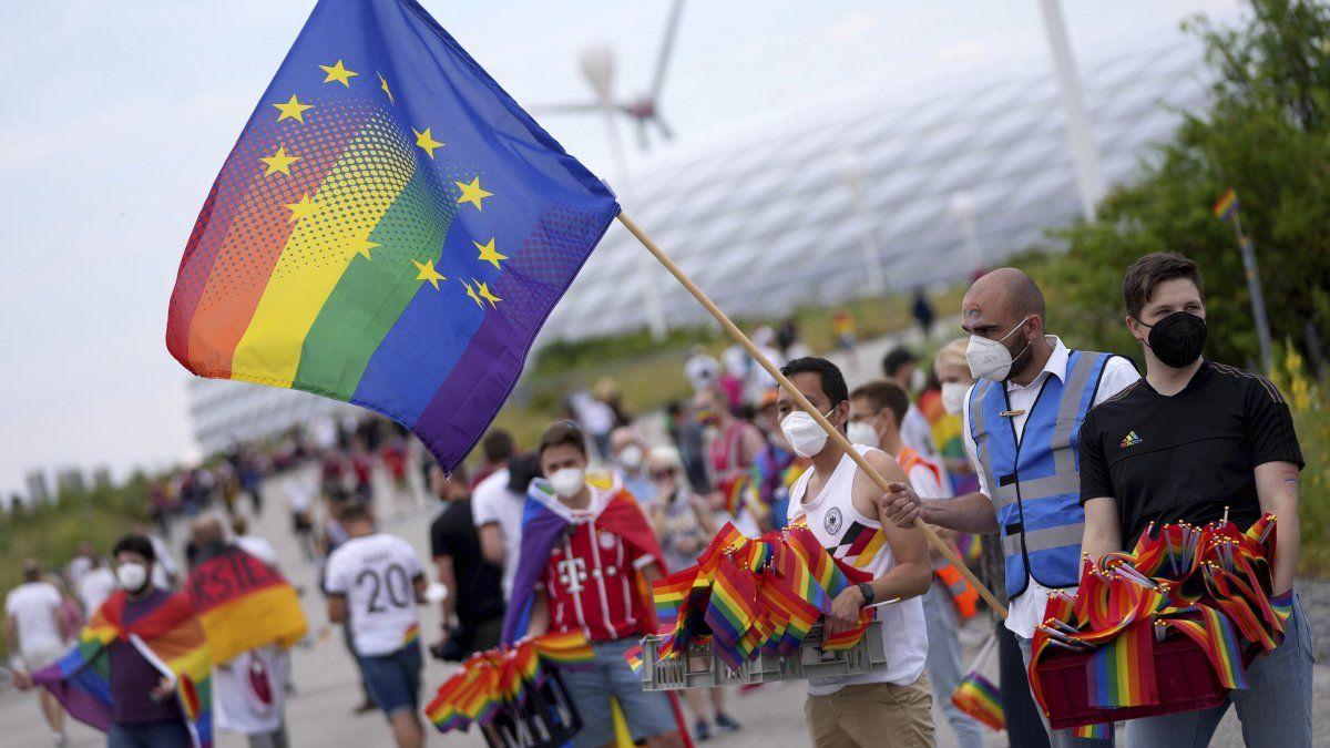"""Preguntado sobre la ley húngara, Guterres dijo el jueves que """"todas las formas de discriminación son totalmente inaceptables y cualquier forma de discriminación en relación con la comunidad LGBTQ+ es totalmente inaceptable."""