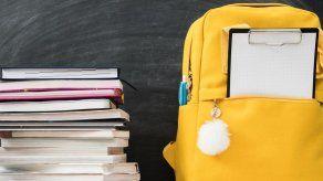 Aprobado en último debate proyecto que regula el uso de textos escolares