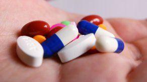Unas 90.000 personas murieron por sobredosis el año pasado en EEUU, de las que casi tres cuartas partes fueron atribuidas a los opiáceos.