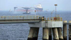 Arabia Saudí denuncia sabotaje a dos petroleros