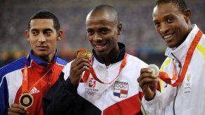 Se celebran los 10 años de la Medalla de Oro Olímpica de Irving Saladino