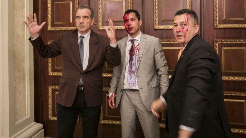 Varios diputados heridos en incursión de oficialistas en Parlamento venezolano