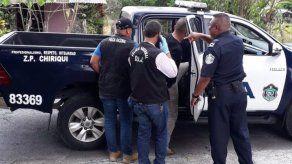 Capturan a tres sujetos en Chiriquí tras persecución policial por presunto robo y estafa