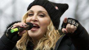 """Madonna y Maluma interpretarán """"Medellín"""" en los Billboard"""