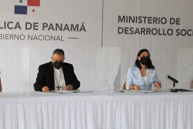 El convenio para la construcción de la Casa de Día fue firmado por el arzobispo de Panamá