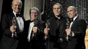 Noche de luminarias en los Oscar honorarios