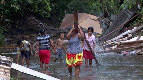 Reubican a familias que vivían a orillas del Río Tapia